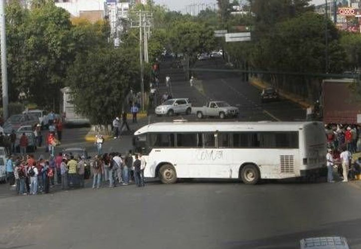 En Morelia se han limitado a impedir el paso vehicular en varias avenidas. (Milenio/Foto de contexto)
