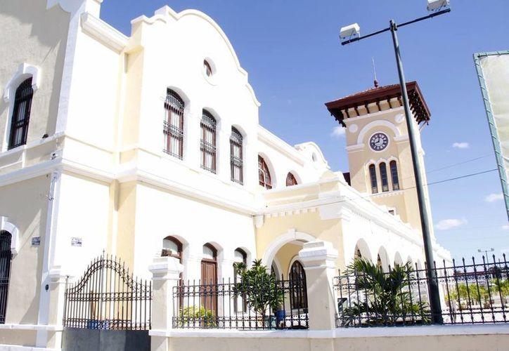 Mérida será el punto inicial de la ruta del tren transpeninsular. En la imagen, la ex estación de trenes de 'La Plancha', posible sede de la terminal ferroviaria. (Archivo/SIPSE)
