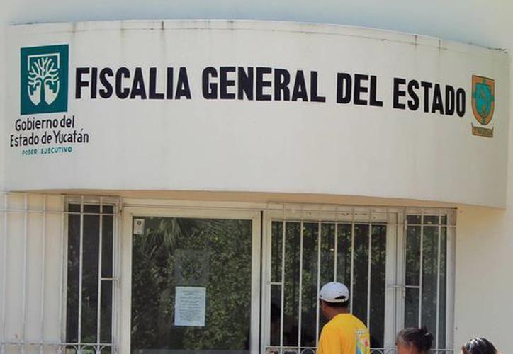Elementos de la Fiscalía General del Estado, investigaron el paradero del maestro. (Redacción/SIPSE)