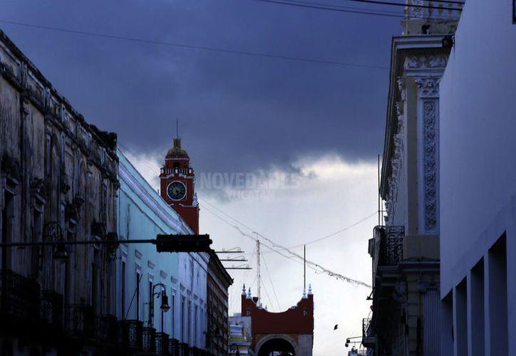 Tanto para martes como para miércoles se esperan algunas lluvias fuertes y chubascos en Yucatán (Foto Pepe Acosta)