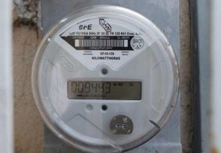 Reportan que mes con mes en Cancún se consumen alrededor de 120 mil megawatts. (Jesús Tijerina/SIPSE)
