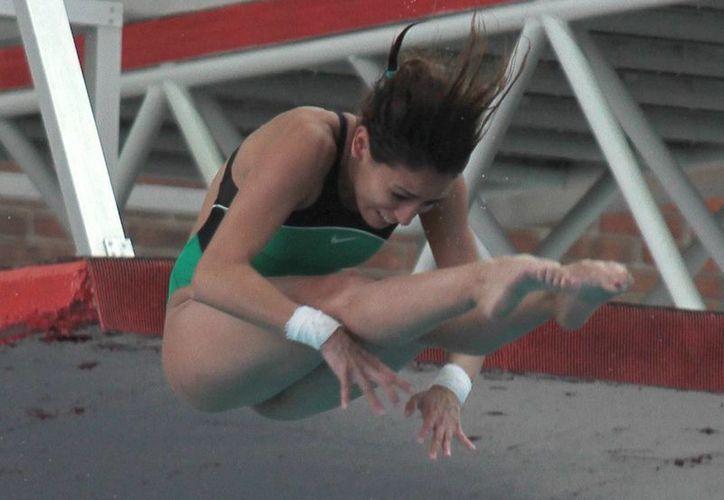 México no sólo ganó medallas gracias a clavadistas experimentadas como Paola Espinosa (foto) sino por la calidad de la quinceañera Alejandra Estrella. (Notimex/Foto de archivo)