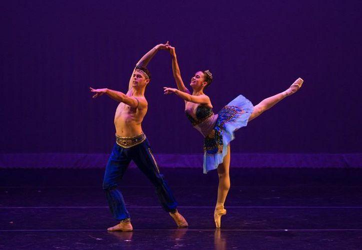 Seleccionarán a los mejores bailarines durante las funciones. (Faride Cetina/SIPSE)
