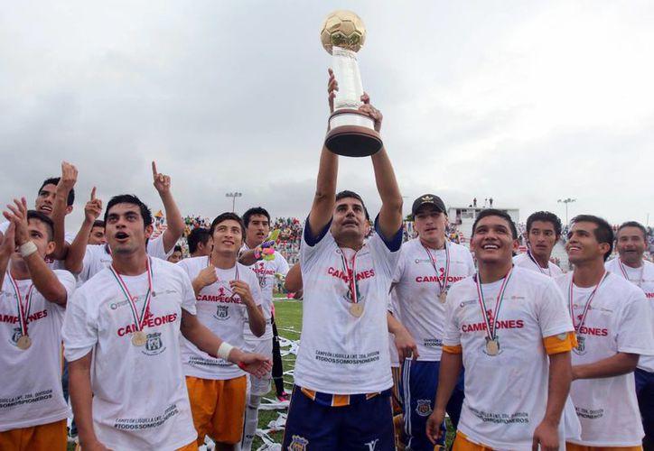 Lograron el triunfo después de 29 años de espera. (Ángel Mazariego/SIPSE)