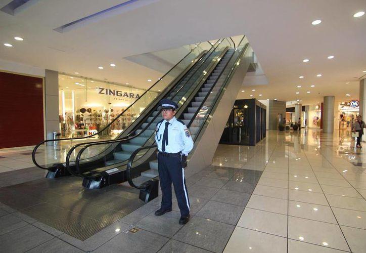 La FGE realizó operativos en sitios que cuentan con servicios de vigilancia privada, lo que dio como resultado que 29 empresas fueron multadas. (Milenio Novedades)