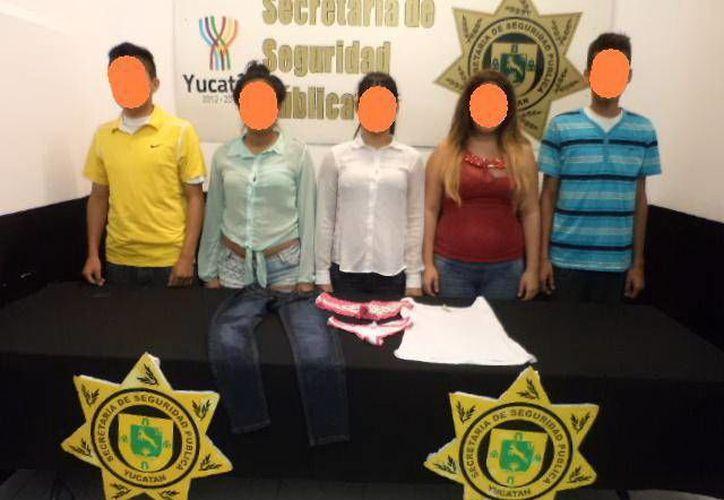 Tres de los presuntos asaltantes resultaron drogados con marihuana. (SIPSE)