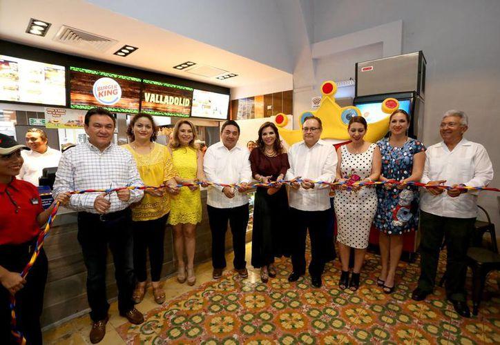 En Valladolid fue inaugurado este martes el restaurante 50 de Burger King en Yucatán. (Foto cortesía del Gobierno)