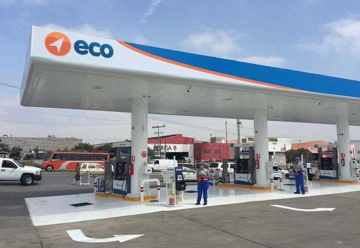 Eco Gasolineras inauguró hoy una estación en Tijuana. (Omar Martínez/lacronica.com)