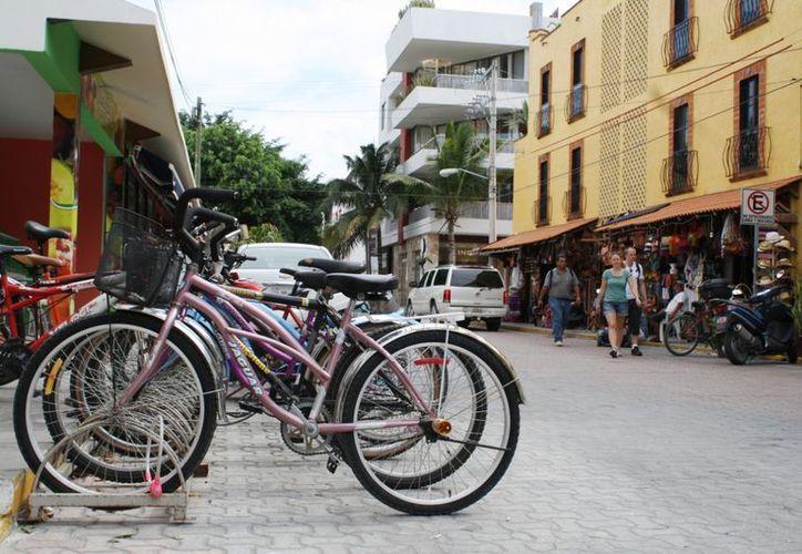 El Ayuntamiento busca que estén en orden las bicicletas. (Yenny Gaona/SIPSE)