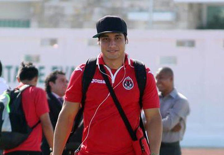 José Luis Calderón ya no vestirá el uniforme de Pioneros para la siguiente campaña. (Francisco Gálvez/SIPSE)