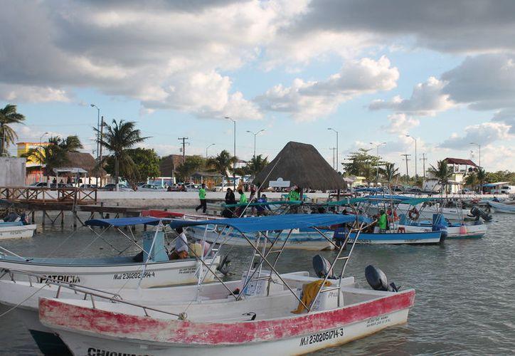 Cierran el puerto a embarcaciones menores. (Gloria Poot/SIPSE)