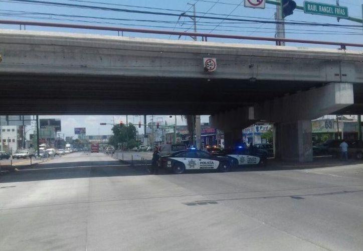 Los familiares esperan que alguien se haga responsable y pidieron el apoyo de las autoridades para costear los gastos que ascienden a casi los 20 mil pesos. (Foto: SSPV Monterrey).