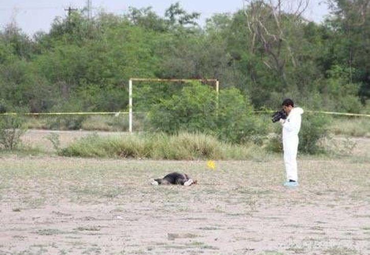 El pasado lunes por la mañana, la madre de la joven que estudiaba en el Cebetis de Escobedo, identificó plenamente el cadáver. (Foto especial: MILENIO)