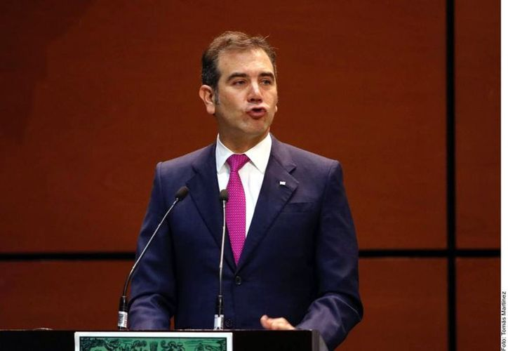 REFORMA publicó que ante el alto costo del voto en el País -572 pesos por sufragio- uno de los más caros del mundo. (Foto: Reforma)