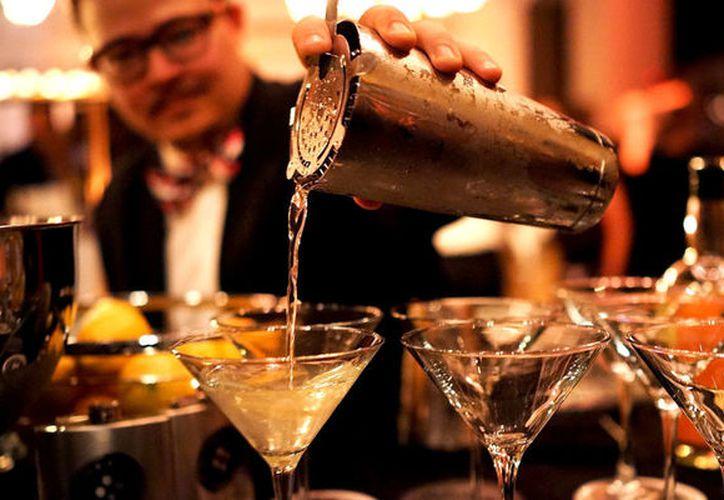 Niegan que existan antecedentes sobre la detección de 'alcohol adulterado'. (Contexto/Internet)