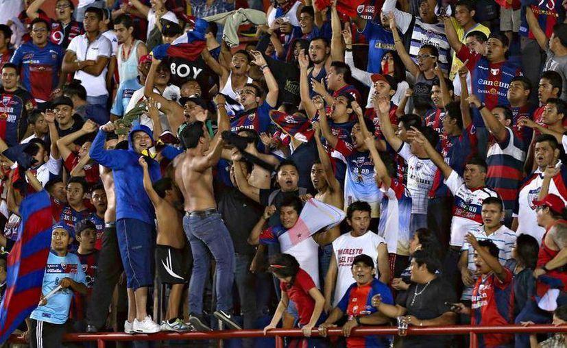 Equipos deportivos profesionales de Quintana Roo, como el Atlante, recibieron en conjunto más de mil 600 millones de pesos del gobierno estatal en 10 años. (Atlantefc.mx)