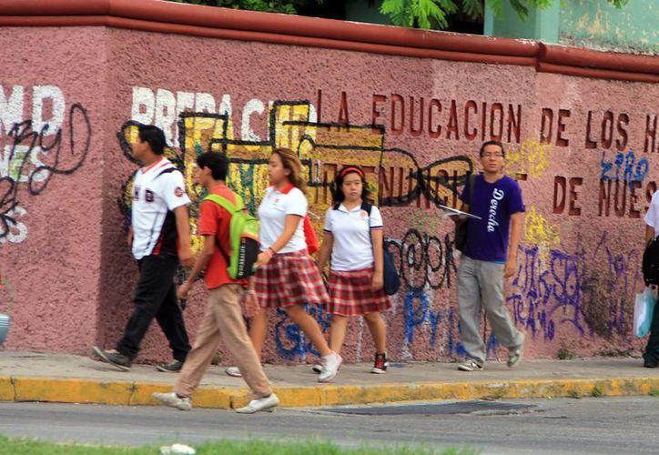Previenen a los alumnos de educación básica de la delincuencia. (Milenio Novedades)