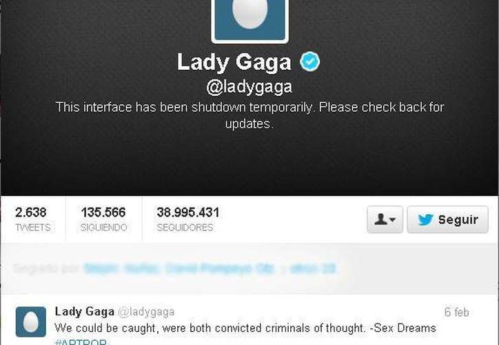 """La cuenta oficial de Gaga aparece con la leyenda: """"cerrada temporalmente"""". (Captura de pantalla)"""