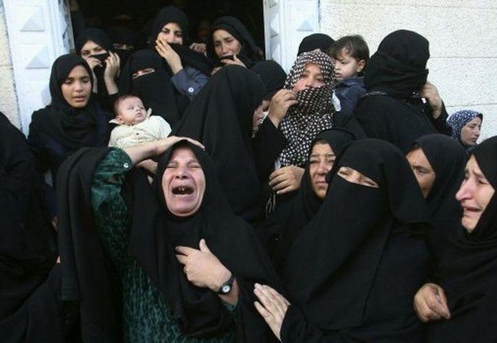 Al menos tres personas han muerto en los ataques palestinos contra su vecino Israel. (Agencias)