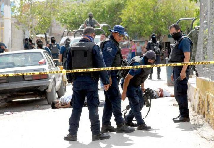 El enfrentamiento se inició poco antes de las 23:45 horas de este domingo y culminó casi a las 00:15 de este lunes. (Archivo Sipse)