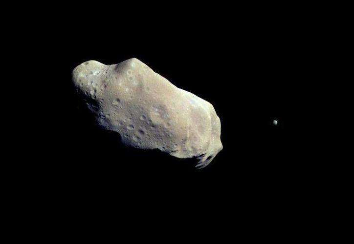 El asteoride que pasará 'cerca' de la Tierra mide 2.7 kms de diámetro. (astro-universal.blogspot.com/Contexto)