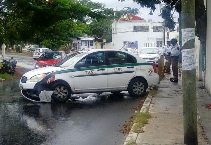Por no tener precaución, taxista fue quien provocó el accidente. (Foto: Redacción/SIPSE)