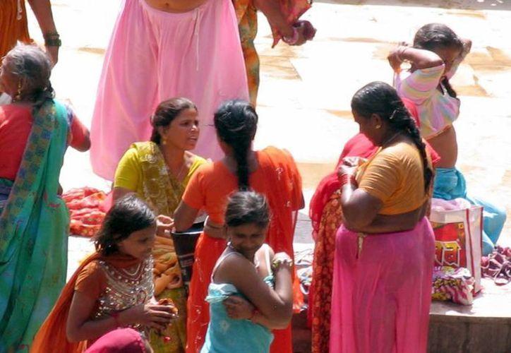 Alrededor de mil 500 personas, la mayoría mujeres, son atacadas con ácido en el mundo, en especial en países asiáticos como India, Bangladesh y Afganistán. (blogspot.com)