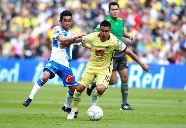 Con un empate a cero dio arranque el torneo para el Puebla y para América. Las Águilas mantuvieron una negativa racha en la cancha del Azteca en duelos regulares: cuatro perdidos, dos empates y tres victorias. (Imágenes de Notimex)