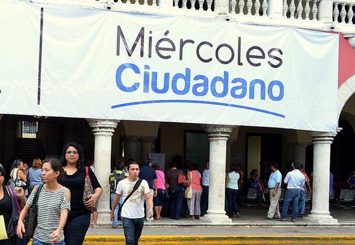 El programa miércoles ciudadano fue efectuado desde la administración anterior del alcalde Renán Barrera Concha pero en la administración pasada se suspendió. (Foto: Milenio Novedades)