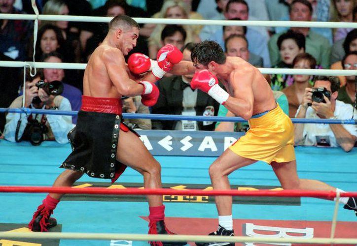 Chávez reconoció que 'Camacho' fue uno de los rivales más difíciles de su carrera. (Foto: Agencias)