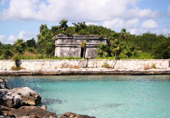 El complejo de Puerto Aventuras se encuentra a unos 20 kilómetros al sur de Playa del Carmen. (Octavio Martínez/SIPSE)