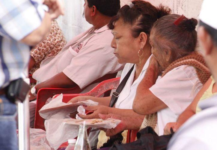 El Sector Salud sugiera medidas de prevención, como lavarse las manos. (Juan Albornoz/SIPSE)