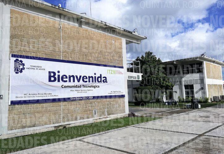 La escuela renta a una empresa la carpintería, el invernadero y la estufa para secado de madera. (Javier Ortiz/SIPSE)