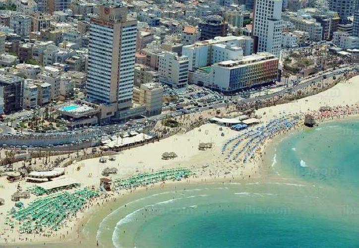 Una de las imágenes incluidas en la exposición fotográfica Tel Aviv: la ciudad que emergió de las dunas. (Redacción/SIPSE)