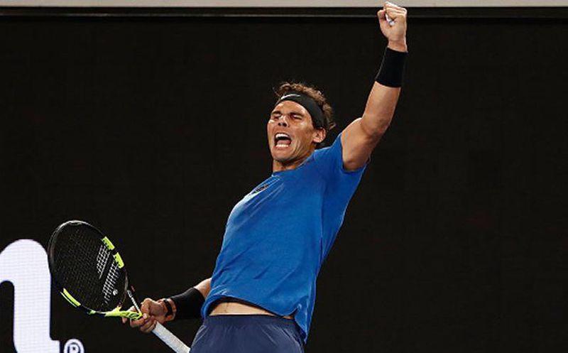 Federer y Nadal van por el título — Abierto de Australia