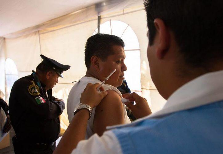 Médicos y enfermeras requieren de protección para evitar que sean secuestrados por el crimen organizado. (Archivo/NTX)
