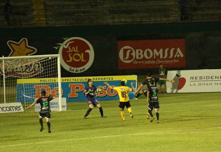 Con esta derrota los Venados se quedaron en la decimoquinta posición con 14 unidades. (José Acosta/ Milenio Novedades)