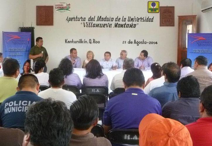 Se espera que las clases de las licenciaturas inicien a finales de septiembre. (Raúl Balam/SIPSE)