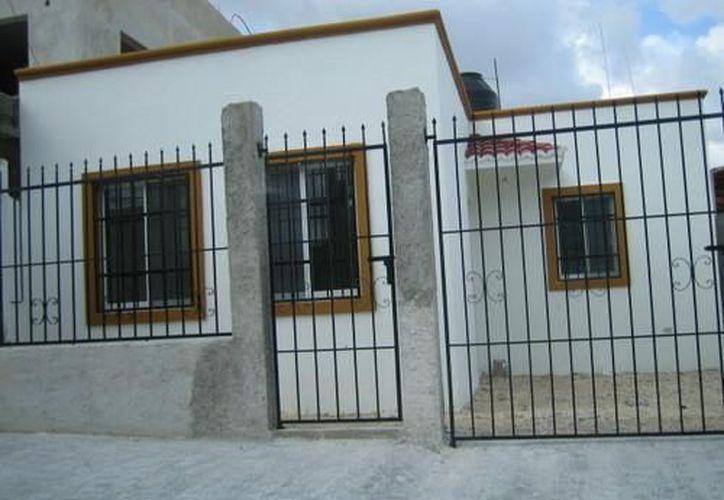 Los ladrones utilizaron el mismo método para entrar en las dos casas de la Región 526, forzando los protectores de las ventanas, sin tocar las rejas de entrada. (Redacción/SIPSE)