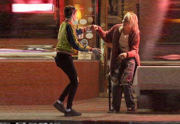 Los hechos ocurrieron afuera del restaurante argentino Carlito, de Los Ángeles, la noche del jueves. (The Daily Mail)