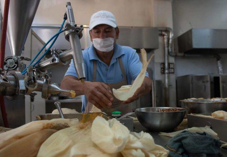 En México hay muchos tipos de tamales gracias a que en el país 'somos los reyes de la masa', de acuerdo a la chef  Margarita Carrillo Arronte. (Notimex)