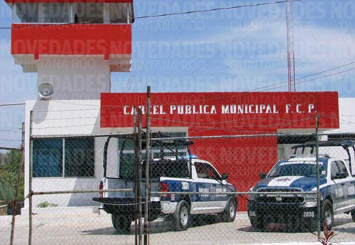 El año pasado se recibieron mil 524 quejas de manera general de las cuales 325 quejas fueron para la Fiscalía General del Estado y otras 242 contra elementos de las policías municipales. (Joel Zamora/SIPSE)