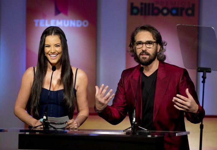 Gaby Espino y Miguel Varoni durante el anuncio de los nominados. (Agencias)