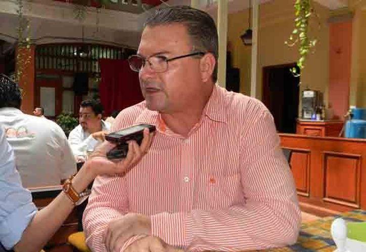 Octavio Contreras Solórzano  también fue delegado en Michoacán de la Profeco. (www.1plana.com)