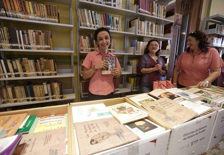 Como parte del proyecto se efectuaron acciones de mantenimiento y preservación de la biblioteca central 'Manuel Cepeda Peraza'. (Notimex)