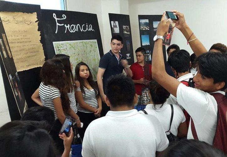 Alumnos del Cetmar de Chetumal participaron como invitados. (Francisco Naranjo/SIPSE)
