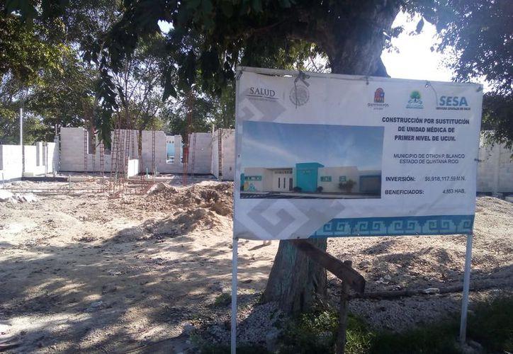 La remodelación del edificio del Centro de Salud de Ucum ha sido abandonada. (Carlos Castillo/SIPSE)