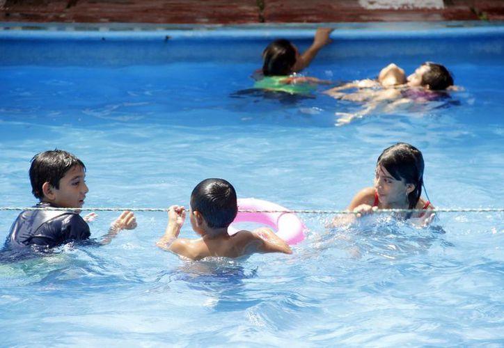 Se espera que hoy al mediodía se registre fuerte calor en Yucatán. (Juan Carlos Albornoz/SIPSE)