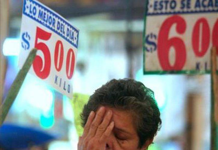 El índice nacional de precios al consumidor registró un incremento mensual de 0.58 por ciento. (vocesdelperiodista.mx)