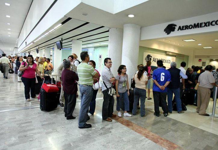 El AICM es la terminal aérea más transitada del país. (Archivo/Notimex)